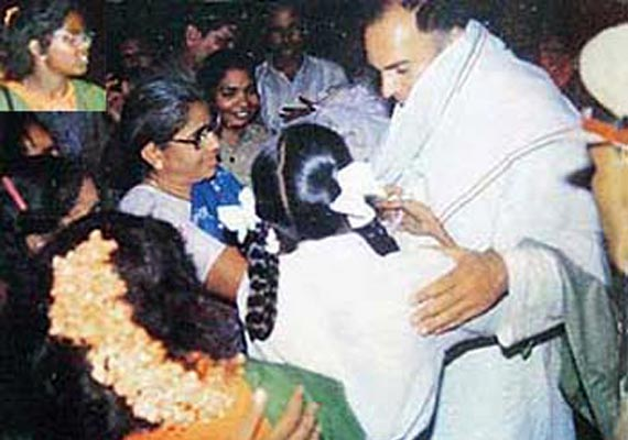Moments before the Rajiv Gandhi assassination